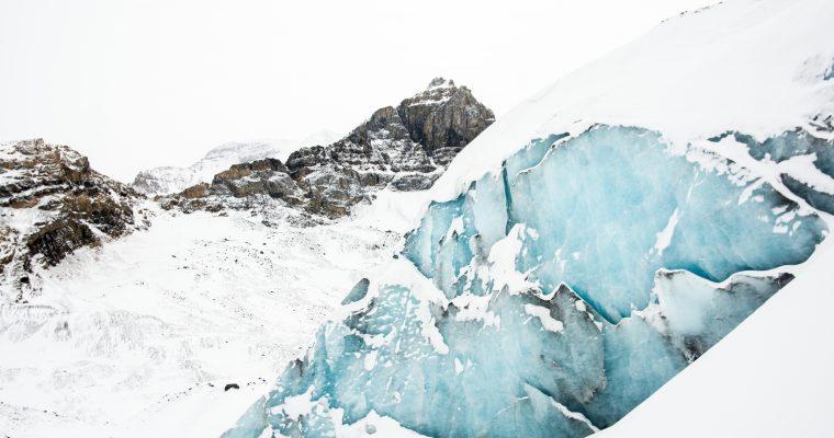 Warum du unbedingt im Winter nach Island reisen solltest