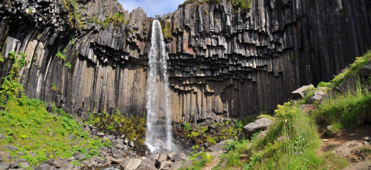 Der Svartifoss und seine Felsformation